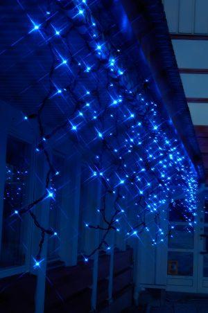 Cortina icicle led azul con destellos